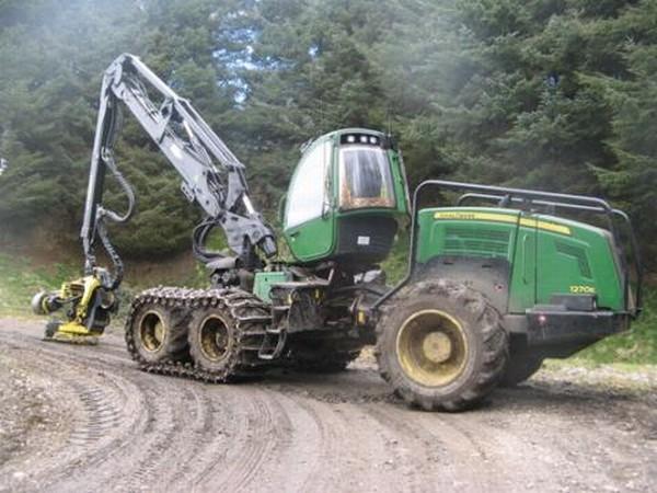 Begagnade skogsmaskiner till salu